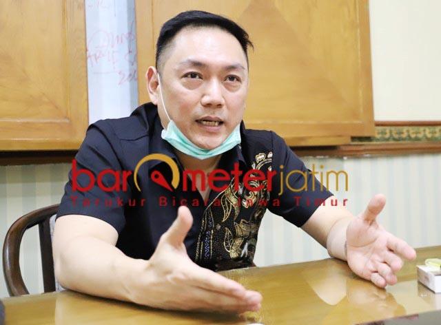 KAWAL PERKARA MEMILES: Gianto Wijaya, MeMiles jangan sampai lepas dari jerat hukum. | Foto: Barometerjatim.com/ROY HS