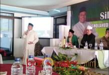 TUNGGU REKOMENDASI PKB: Sholahuddin bersama sejumlah kiai NU Lamongan dalam satu acara. | Foto: Barometerjatim.com/DOK
