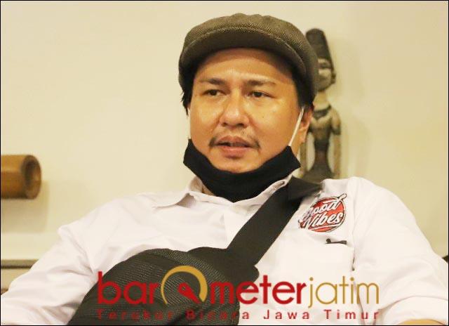 TAK LAZIM: Aprizaldi, tren data quick count Poltracking di Pilwali Surabaya tak lazim. | Foto: Barometerjatim.com/IST