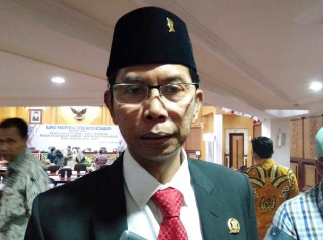 SELAMAT BUAT WHISNU: Adi Sutarwijono, beri ucapan selamat atas pelantikan Whisnu sebagai wali kota Surabaya.   Foto: IST
