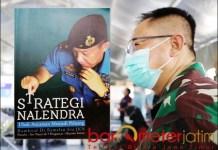 "RENDAH HATI: Dokter Nalendra, sukses besar dan pangkat tinggi tetap membuatnya ""membumi"". | Foto: Barometerjatim.com/ROY HS"