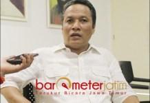 MINTA KHOFIFAH SERIUS: Hidayat, Khofifah harus serius tangani aset Pemprov Jatim. | Foto: Barometerjatim.com/ROY HS