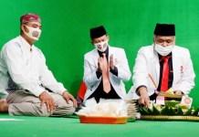 MILAD KE-19 PKS: Irwan Setiawan (kanan), menggelar tasyakuran milad ke-19 Partai Keadilan Sejahtera (PKS). | Foto: IST