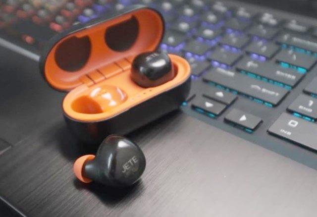 BOOMING TWS: Earbuds T7 Series, respons animo masyarakat terhadap earbuds  yang praktis, nyaman, dan aman. | Foto: IST