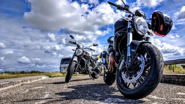 voyager à moto