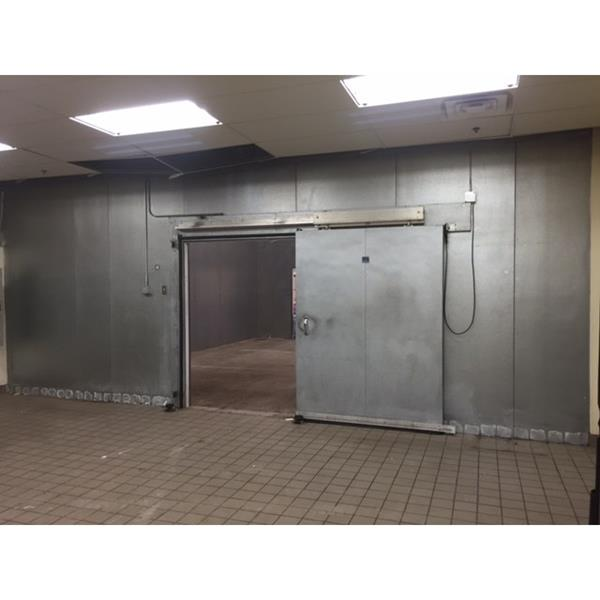 25 x 29 x 16H CrownTonka Drivein Cooler or Freezer 725 Sq Ft  Barr Commercial