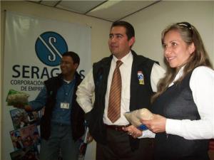 Entrega de mercados a participantes de cursos en Santa Fe