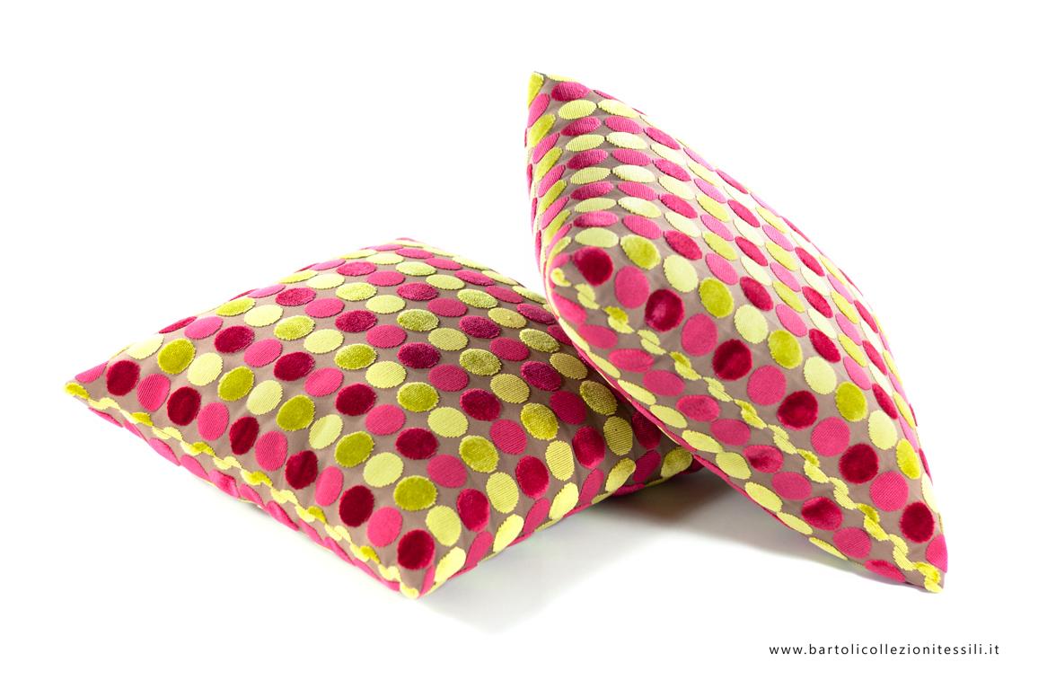 Cuscini a cerchi colorati  Bartoli Collezioni Tessili