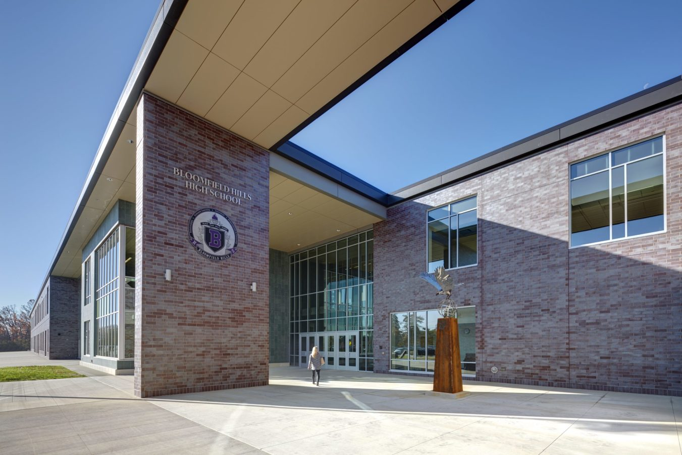 Bloomfield-Hills-High-School_Exterior