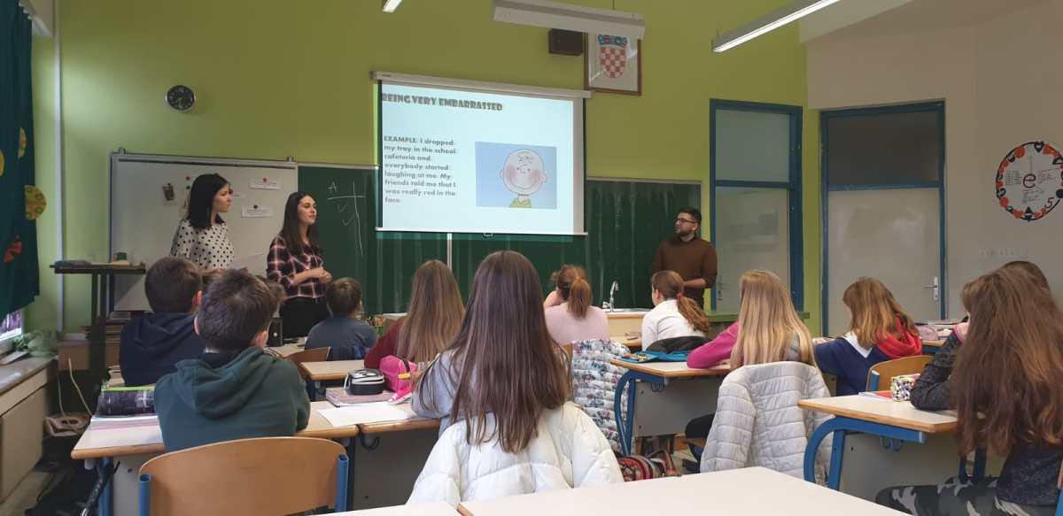 Colours - Festival znanosti u učionici Engleskog jezika