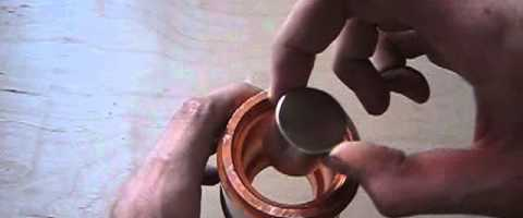 Neodymium magnet in copper pipe by HedgehogTH