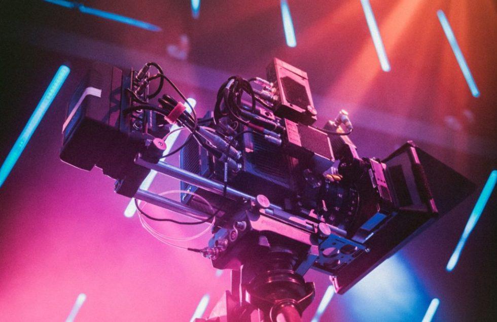BASE2 Produzione video, Noleggio Attrezzatura, Affitto Sala di posa...