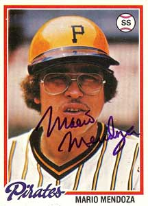 Mario Mendoza Autograph on a 1978 Topps (#383)
