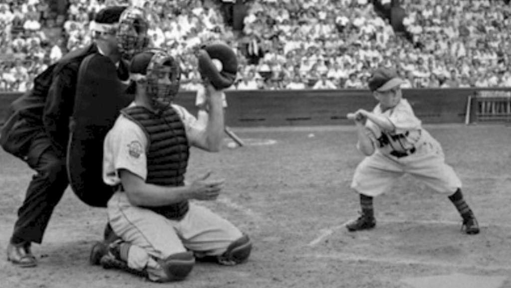 Bill Veeck And Little Eddie Gaedel Baseball History