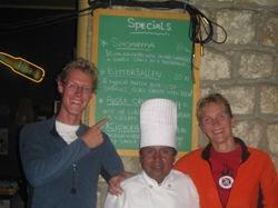 Wij met de chef met de nieuwe gerechten van Sol y Luna