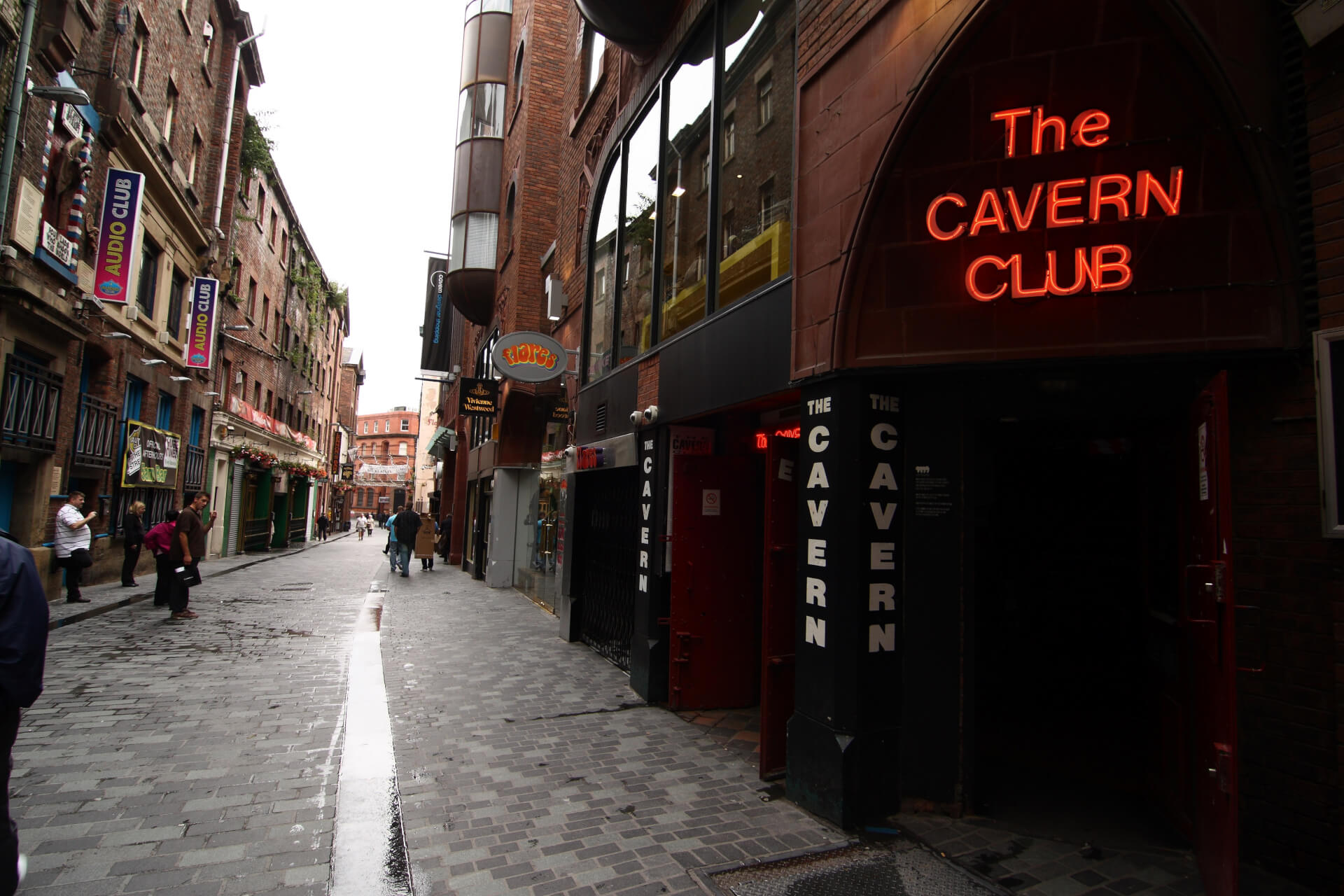 https://i0.wp.com/www.baseservicedapartments.co.uk/wp-content/uploads/2016/01/Cavern_Club_Liverpool_England1.jpg