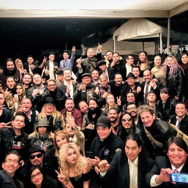 Foto de mi querido chavarockoficial ComidadelosCompositores familiadelrock rockmexicano enero2018
