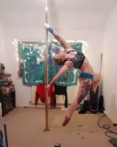 pole dance wrist support