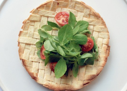 How to weave a edible tortilla basket