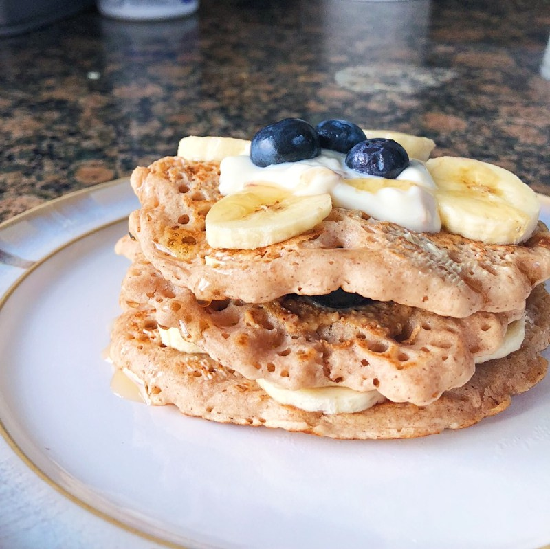 easiest vegan fluffy pancakes