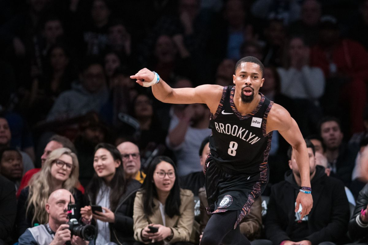 NBA Dinwiddie playoff
