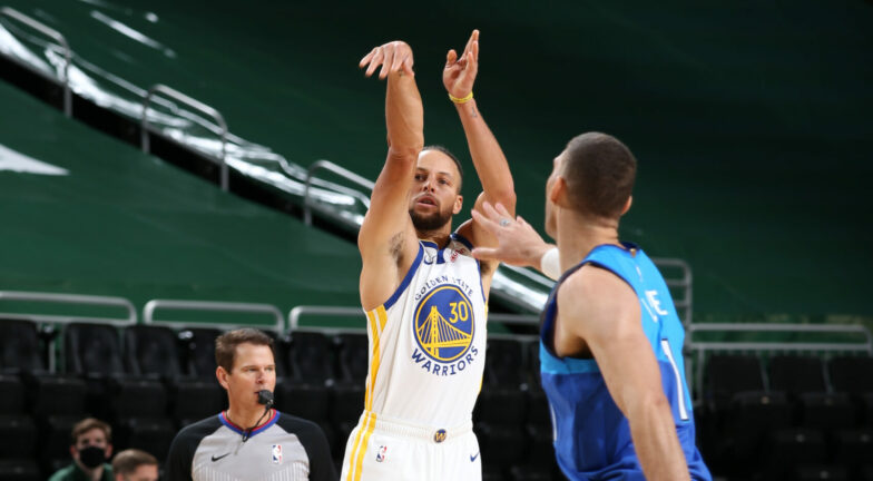 nba curry tre punti