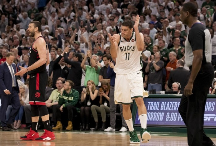 After leading the race in much of the game thanks to the duo Leonard / Lowry, the Raptors were extinguished by Brook Lopez in the