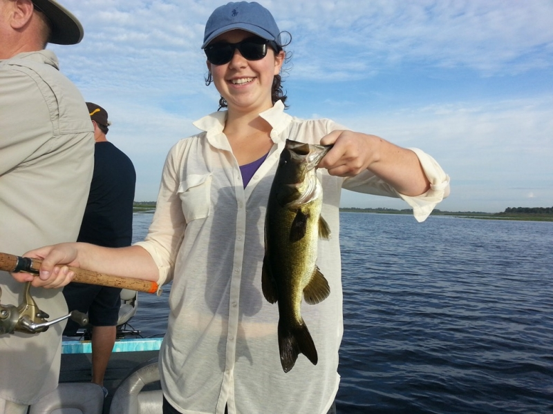 Glancy party first bass 7lb on lake toho central florida for Lake kissimmee fishing report