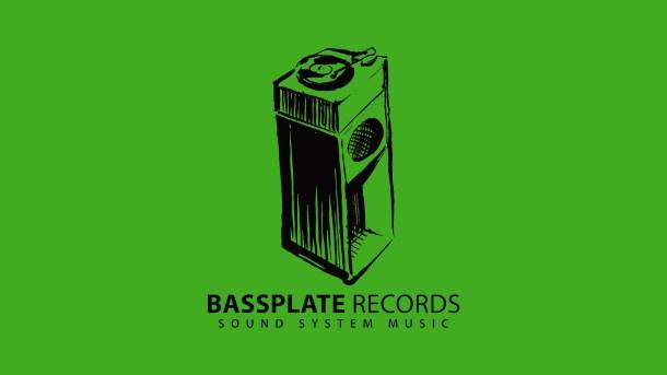Bassplate Logo News Green
