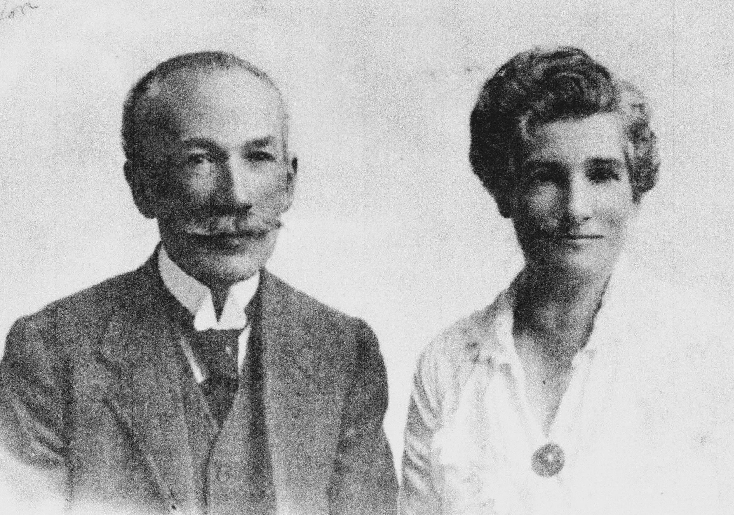 Manuel Gómez y su mujer Adela Yglesias baja harold gómez nieto