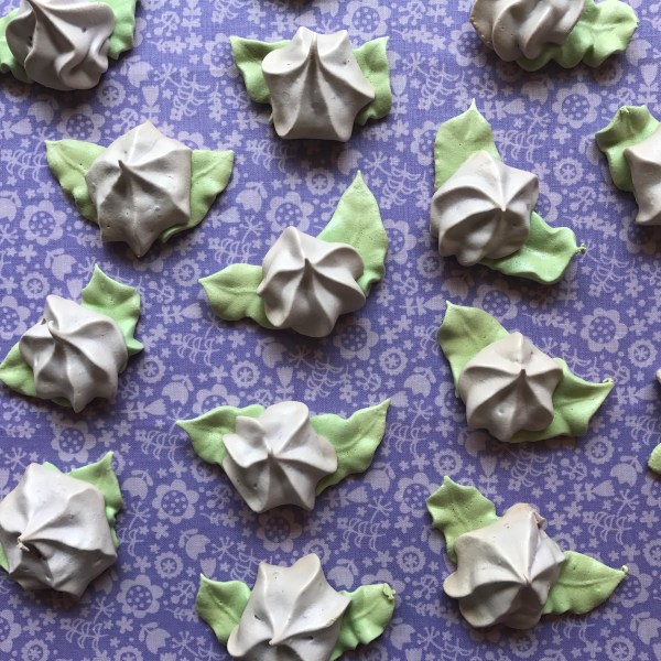 Flower Meringue Cookies