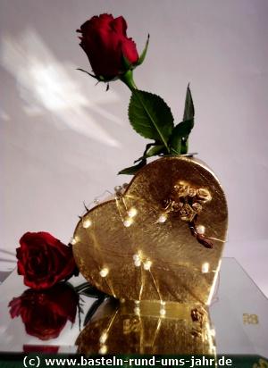 Geschenk fr die Goldene Hochzeit  ein goldenes Herz