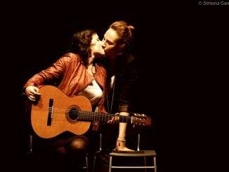 Compagnia Le Brugole in «Metafisica dell'Amore» al Teatro Esperia