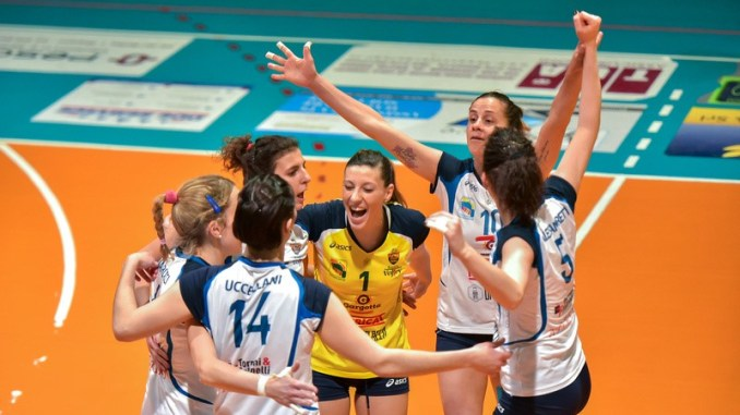 School Bastia Volley batte Solovolleyimola, ora manca solo un punto