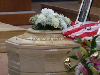Celebrati i funerali di Domenico Pelagatti, tante le persone presenti