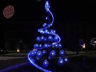 L'albero blu di Portella vince il concorso Alberti Artistici di Bastia Umbra