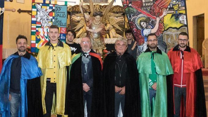Palio De San Michele, a causa maltempo cerimonia apertura si sposta in chiesa