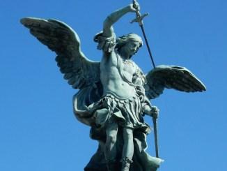 La potenza dell'Angelo Mostra iconografica Segni e immagini di San Michele Arcangelo