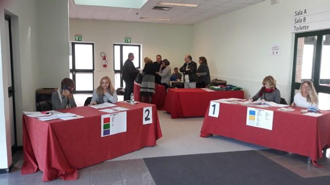 Provincia Perugia, elezioni presidente, alle 12 affluenza del 17 per cento