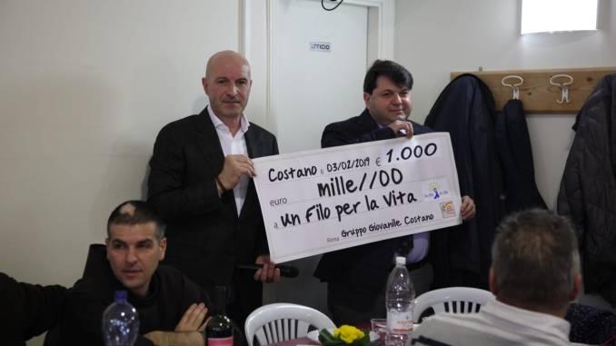Il Gruppo giovanile di Costano ha donato 1000 euro a Un Filo per la Vita