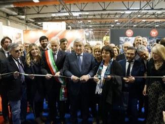 Caccia Village, presidente Tajani, ha tagliato il nastro della nona edizione