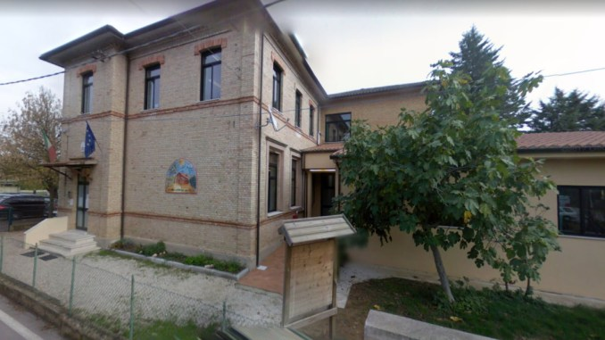 Rubano la L.I.M. dalla scuola di via Cipresso a Bastia Umbra