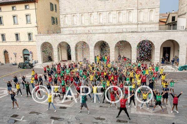 Flash Mob, un successo l'anteprima, il Palio de San Michele sta per tornare