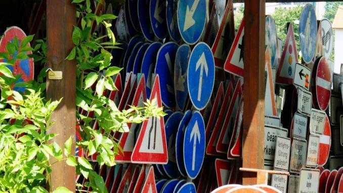 Bastia a velocità elevata tra costruzioni e manti stradali