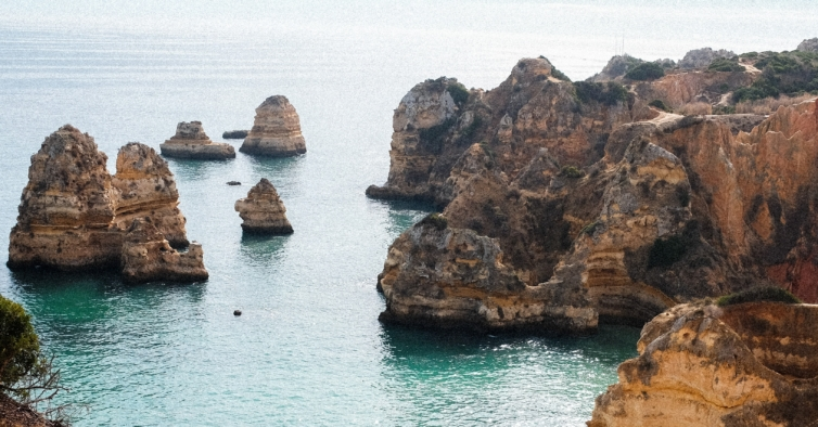 Temos um super fim de semana prolongado no Algarve por 230€ para duas pessoas