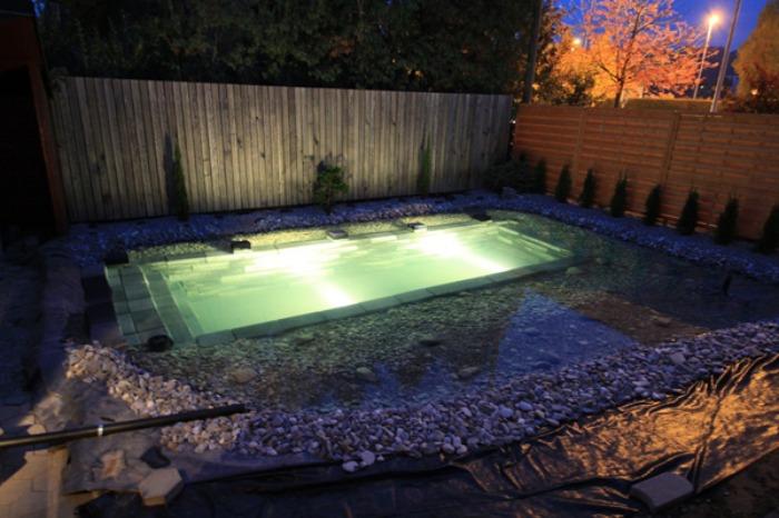 Un Genial Estanque Para Nadar En El Jardn De Casa  Bastsimo