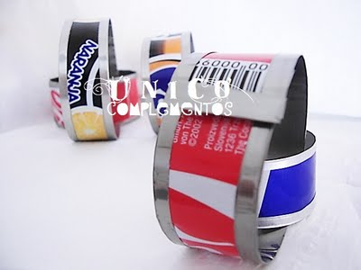 Complementos Único - Pulseras recicladas
