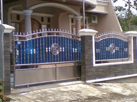 Pagar Tembok Rumah Minimalis Type 36 biru