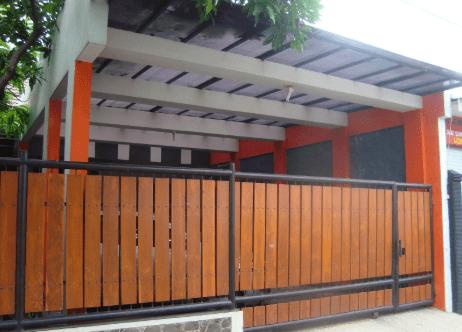 Pagar Tembok Rumah Minimalis Type 36 kayu papan