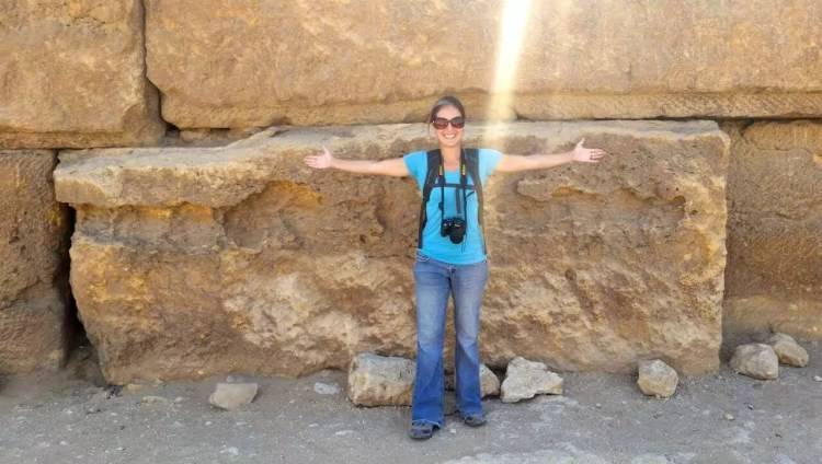 ukuran batu bata merah di piramida Mesir